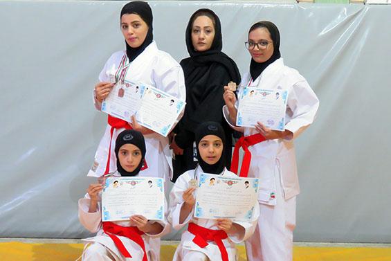 کسب عناوین قهرمانی مختلف توسط بانوان کاراته کار حبیب آباد در مسابقات کاراته شهرستان برخوار