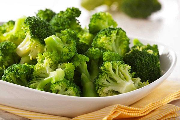 سبزی که زیادهروی در مصرف آن شما را میکشد!