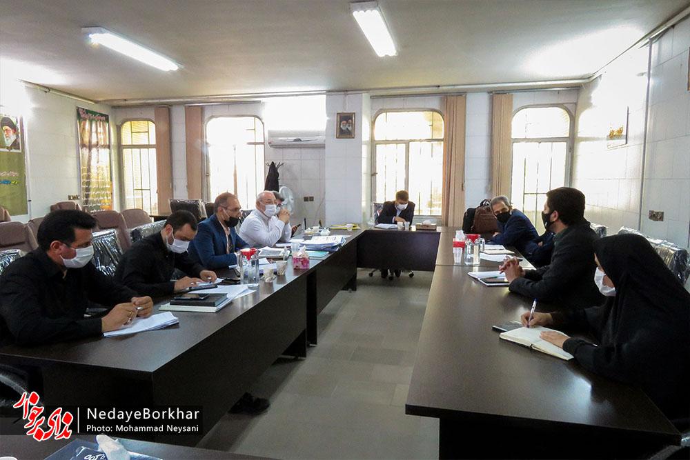 بهره برداری از ۵ مدرسه خیر ساز شهرستان برخوار در دهه فجر امسال