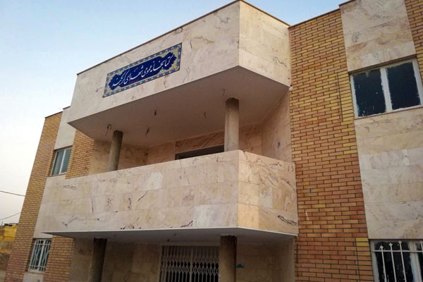 بهره برداری از کتابخانه عمومی شهدای کربکند در دهه فجر امسال