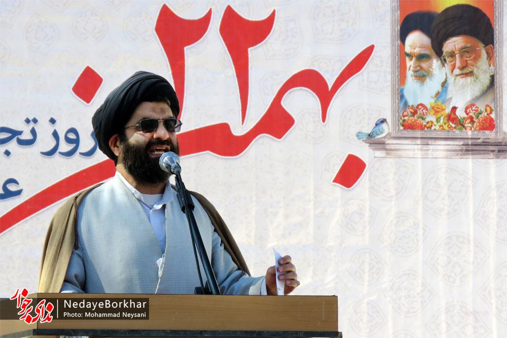 انقلاب اسلامی ایران به تمام دنیا صادر شده است/ آمریکا دیگر ابر قدرت جهان نیست