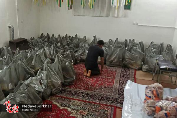توزیع ۱۲۰ بسته معیشتی بین نیازمندان شهر دستگرد برخوار