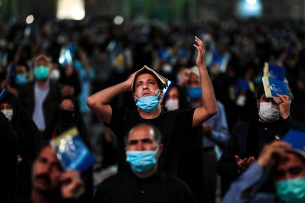 مراسم احیای شب های قدر در فضای باز مساجد و امامزادگان برخوار برگزار می شود