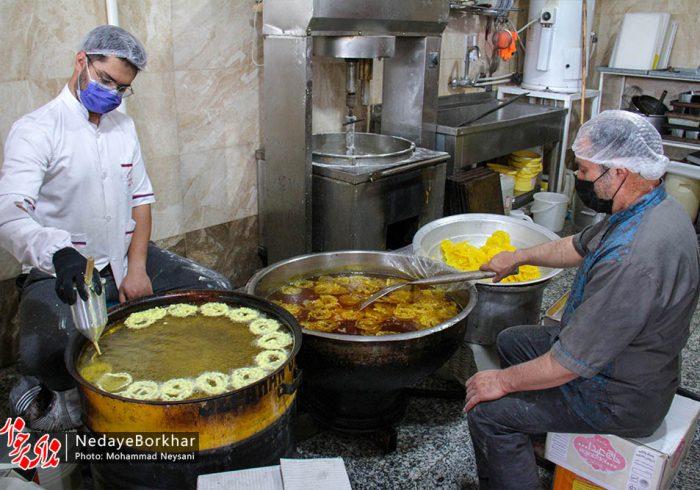 تصاویر   کارگاه تولید زولبیا و بامیه ماه رمضان در برخوار