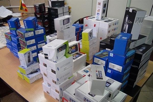 توقیف محموله لوازم الکترونیکی قاچاق در شهرستان برخوار