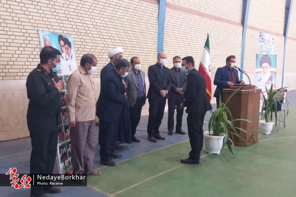 دهیار جدید محسن آباد برخوار به صورت رسمی معارفه شد