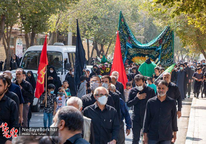 تصاویر | پیاده روی جاماندگان حرم به سمت امامزاده نرمی